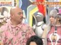 【画像】クロちゃん、番組中にコスプレイヤーえなこの乳を触る