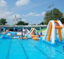 としまえんプールで救助の女児が死亡 浮き遊具の下に潜り込む・練馬
