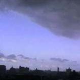 『晴天にわかにかき曇り』の画像