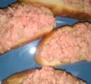 ハーフの彼女が生の豚肉料理を出してきたんだが