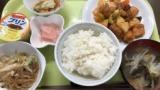 介護職の僕。社食350円。酢豚定食でむせび泣く(※画像あり)