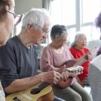 誰でも簡単に弾ける楽器!よなおしギター誕生!