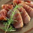 鴨肉のロティ 赤ワインといちじくのソース
