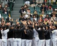 阪神引退の鶴岡氏、ドリームマッチで下柳氏とバッテリー「いい思い出に」