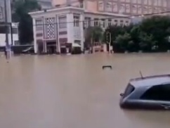 【速報】武漢市が水没!!! 中国三峡ダムがついに決壊寸前!!!