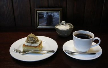 『小布施の秋は栗の秋 「バドのマロンケーキ」』の画像