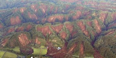 【悲報】北海道の崩れた山がヤバ過ぎる
