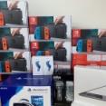 """[真・亜細亜含有]Nintendo Switch本体(当然未使用)を買い取る業者""""今日買い取ったスイッチはこれ(12台)でもまだ一部"""""""