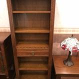 『英国の雰囲気漂う本棚  オールドチャーム』の画像