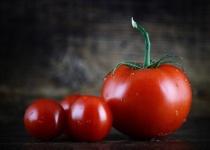 世間「生のトマトおいしいね!」ワイ「火を通した方が格段にうまいぞ」