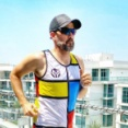 """外出制限のドバイで「ばかげた挑戦」 20mのベランダ1050往復""""フルマラソン""""配信"""