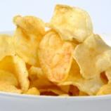 『好きなポテトチップスの味ランキング、3割が選んだ1位はやっぱり…』の画像