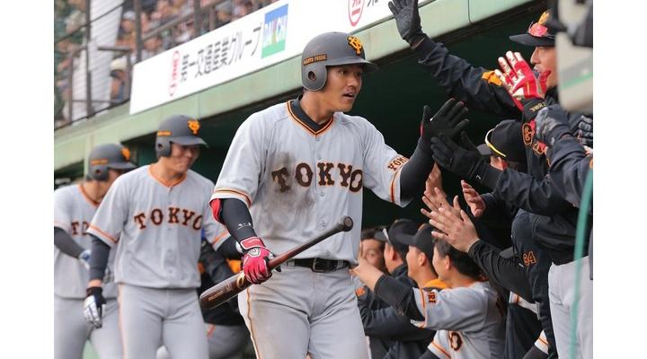 【 GIF 】巨人・田中俊太の満塁ホームラン!【 ソフトバンク戦 】