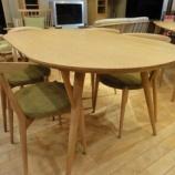 『【北欧テイスト・日進木工のテーブルとチェア2011】 SELECT TABLE  ワイドが1600ミリのナラ材 K type』の画像