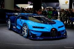 世界最強 ブガッティ ヴェイロン 後継車、完全な姿をスクープ!