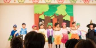 幼稚園のお遊戯会行ったら全く知らないお母さんに子の着替えを頼まれた…非常識な人っているんだなー