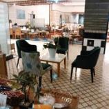 『「仙台湯処 サンピアの湯」 休憩スペースと温泉の様子』の画像