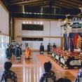 【速報】昭和天皇の写真を焼き、踏みつける作品の公開を認めた大村知事、即位礼正殿の儀に出席していたwwww