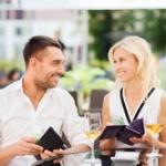 女の人と飯行った時って奢るのが正解なの?