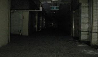 不気味さが漂う地下の変な場所の写真を貼ってく