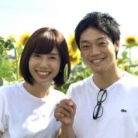 【結婚】おばたのお兄さん、山崎アナとの2ショット写真添え結婚報告