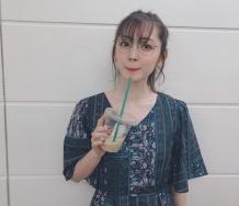 『【悲報】鈴木愛理さん、岡井千聖の妹のブランドを宣伝してしまう』の画像
