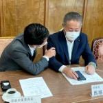 立憲・小川淳也、衆院選の対立候補(維新)の実家を訪れ家族に「出馬断念しろ」と迫る!