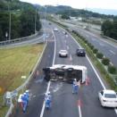 上信越道吉井インターでトラック横転渋滞って本当?