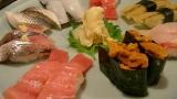 回らないお寿司で見栄張ったワイ「予算5万円くらいでおすすめで」