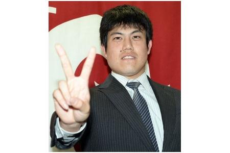 西村健太朗 49試合 51.1回 4勝4敗16H6S 2.98 年俸1.8億 FAある? alt=