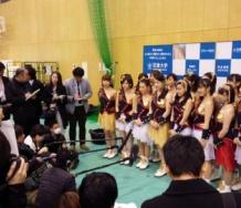 『つんく♂プロデュースの近畿大学入学式がモーニング娘。祭りだった』の画像