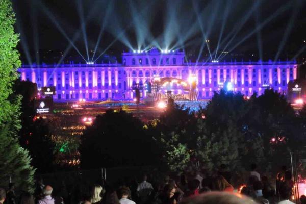 シェーンブルン 宮殿 コンサート 2019