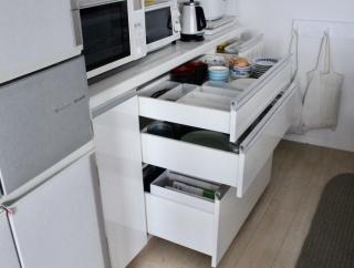 食器棚の実力を見た!地震で食器を割らないためにしておく3つのこと