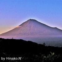 赤っぽい富士山