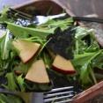 水菜とリンゴのチョレギサラダ
