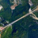 【動画】中国、またガラス橋作っちゃった!今度のは凄い!長さ430mで世界一 [海外]