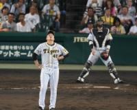 【阪神】秋山3回4失点で無念の降板 得意のツバメ斬りならず…投手に痛恨の1球