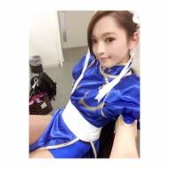 佐藤かよが披露した「春麗のコスプレ姿」がセクシーすぎると話題に!!www【画像あり】 アイドルファンマスター