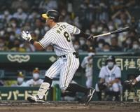 【阪神】佐藤輝が球団4位タイ三振145個目 無死二塁の場面に代打で登場、自己ワーストタイの6打席連続三振
