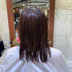 表参道 神宮前 東京都内で美髪パーマが得意な美容室ミンクス原宿 須永健次 伸ばしかけのミディアムにナチュラルなエアーウェーブをかけてみました