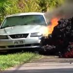 【動画】米ハワイ、キラウエア火山、侵略する溶岩に自動車が飲み込まれる瞬間! [海外]