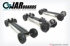 時速45㌔で走る電動スケボー「Gnarboards」発売