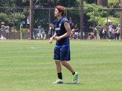 シャルケ監督が内田の復帰についてコメント!「3週間以内にボールを使った練習を始めることができるだろう」