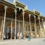 『ウズベキスタン旅行記27 20本の柱が特徴のバラハウズ・モスクと城壁が立派なアルク城』の画像