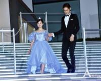 【朗報】橋本環奈さん、シンデレラ姿になりファンを魅了する!