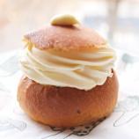 『スウェーデンの伝統菓子『Semla』実食』の画像
