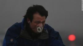 北京の大気汚染が超深刻でガスマスクが必要