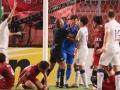 <ACL準決勝>あわや乱闘騒ぎ!鹿島アントラーズの韓国人GKクォン・スンテ、主審の前で相手に蹴り&頭突き!