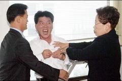 """中国「マジ切れた…使うわ…""""強烈な憤慨""""」 米国「は…?」 中国「強烈な憤慨」"""
