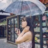 『平安人「雨や傘さしたろ」江戸人「雨や傘さしたろ」令和人「雨や傘さしたろ」』の画像